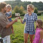 можно ли детям пить вино