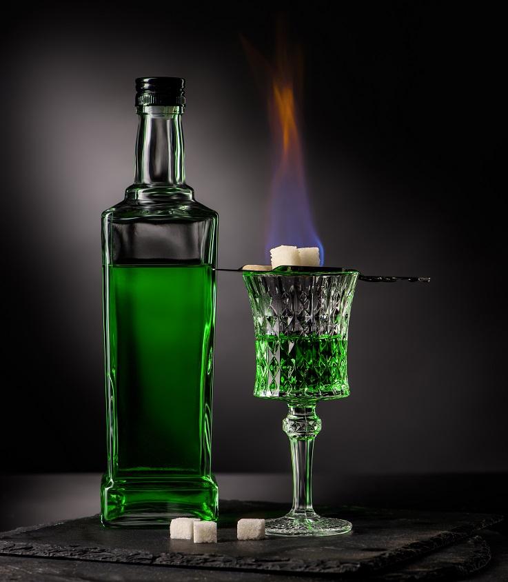 фото как правильно пить абсент