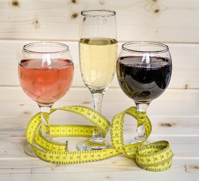 сколько калорий содержится в винах