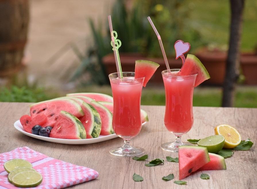 коктейль арбуз с водкой фото