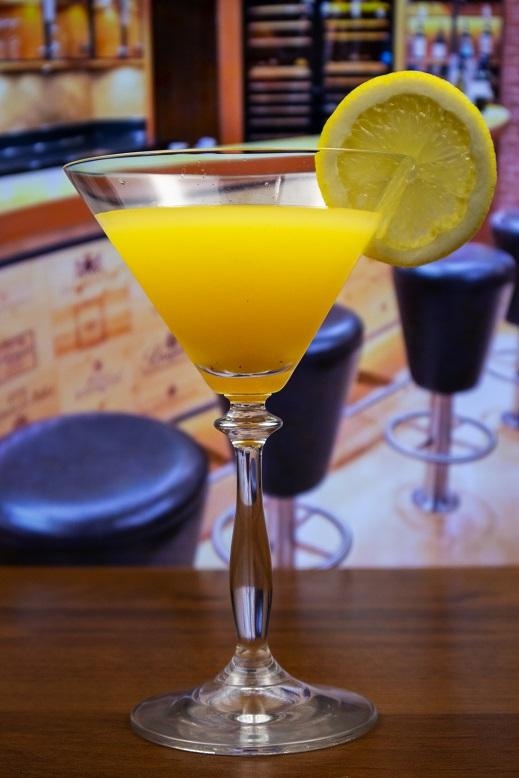 фото мартини с водкой и апельсиновым соком