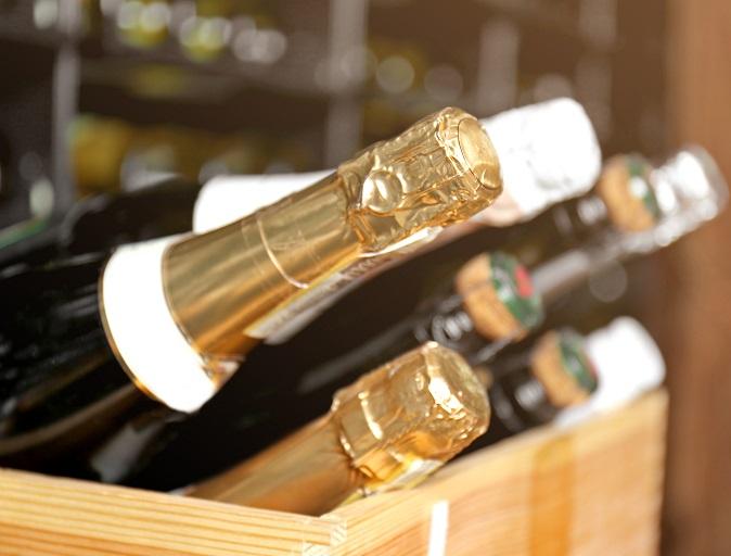 сколько бутылок с шампанским в ящике