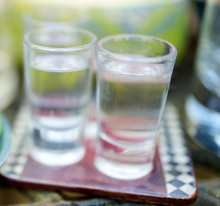 можно ли пить этиловый спирт