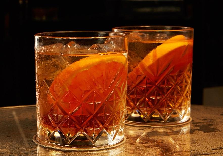 коктейль с мартини Американо