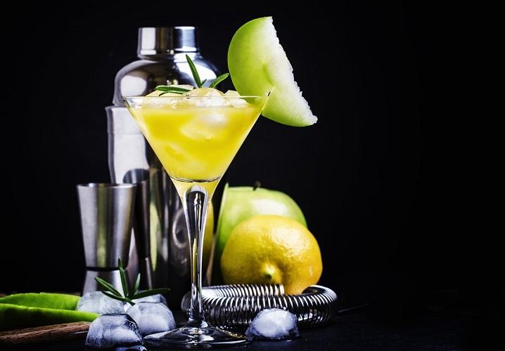 мартини Бьянко с лимонным соком