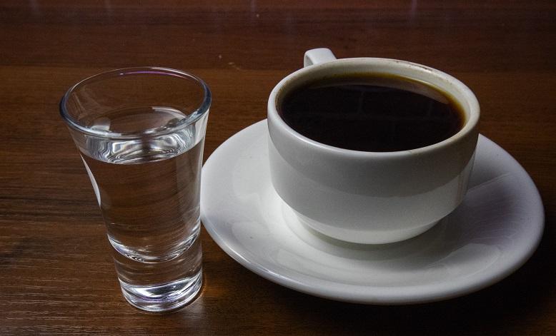 можно ли пить кофе с водкой