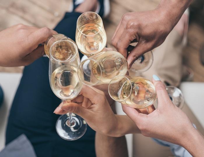 как шампанское сочетается с другим алкоголем