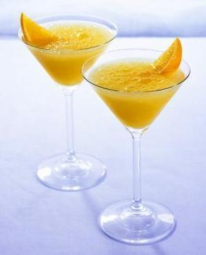сочетание соков и мартини