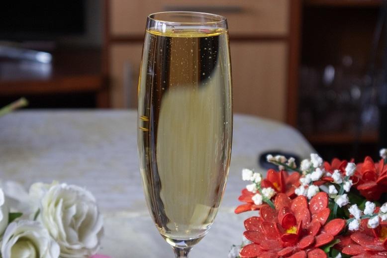 домашнее шампанское из вина фото