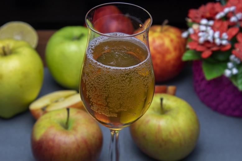 фото газированного сидра из яблок