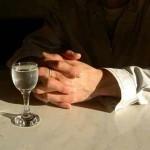 как отличить спирт