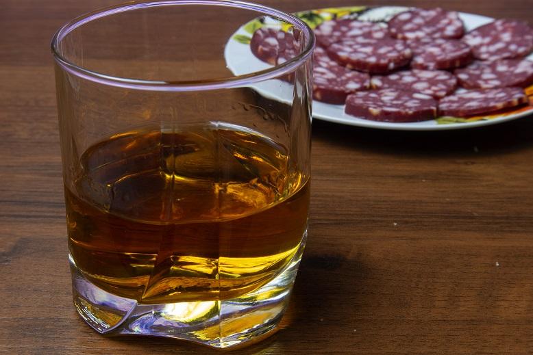 фото настоящего домашнего виски из ячменя