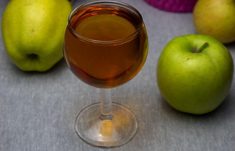 фото яблочного сидра из сока без сахара