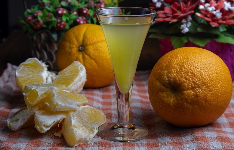 фото домашнего ликера из апельсинов
