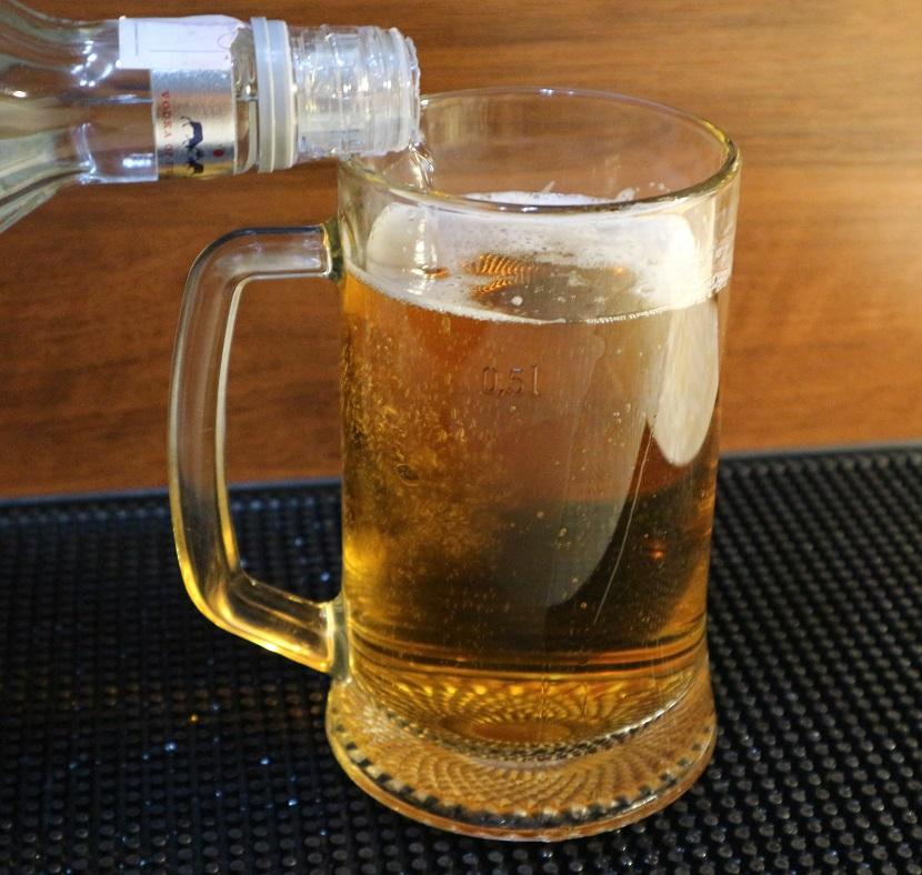 фото водки с пивом
