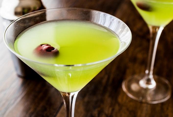 фото домашнего яблочного мартини с вермутом