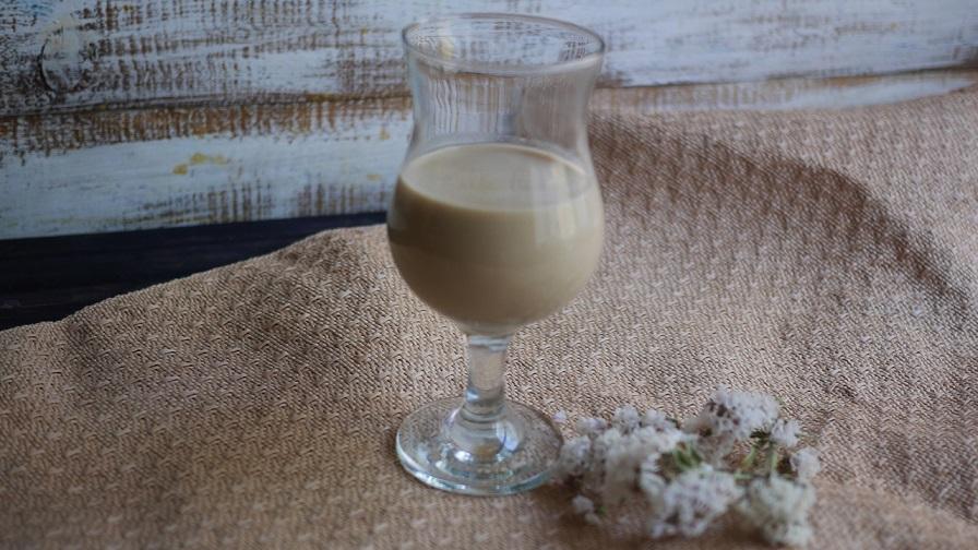 фото домашнего кофейно-сливочного ликера