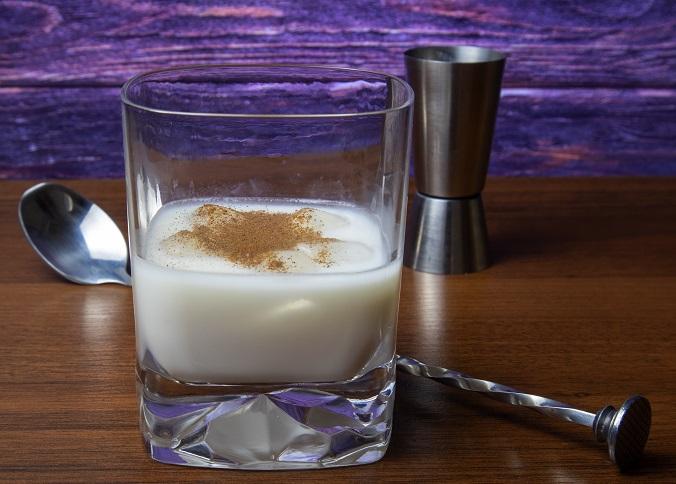 фото классического виски с молоком