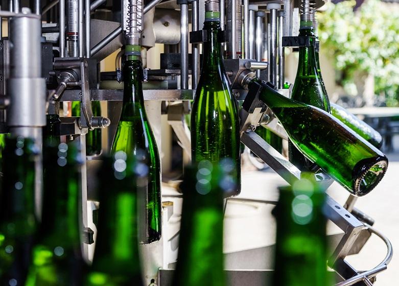 фото автоматической линии розлива шампанского