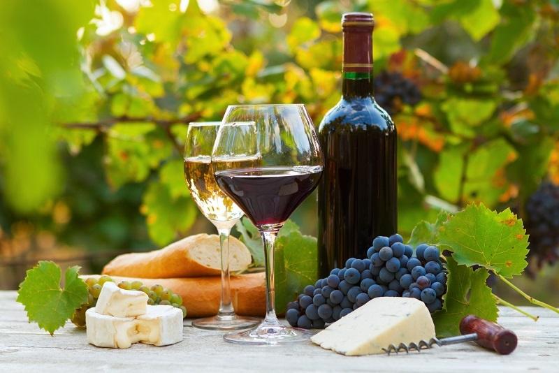 фото чем можно закусывать вино