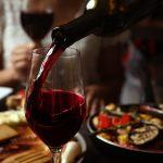 чем закусывать белое и красное вино