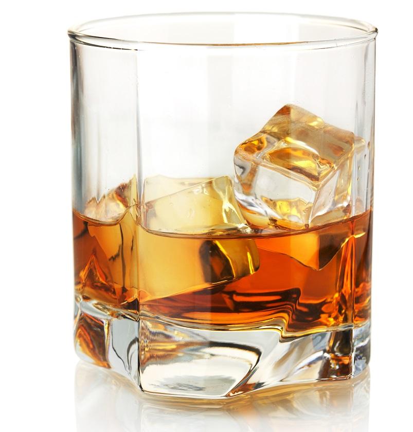 фото бокала для виски рокс