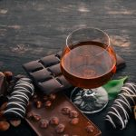 фото коньяка с шоколадом
