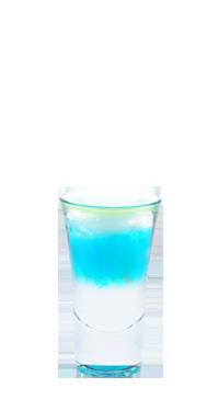 крепкий коктейль с самбукой