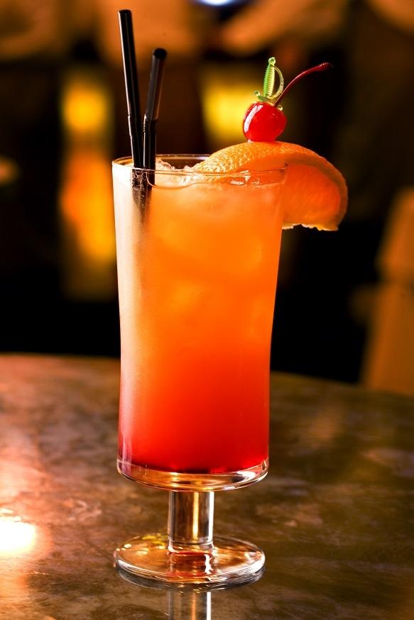 коктейль Текила Санрайз с апельсиновым соком