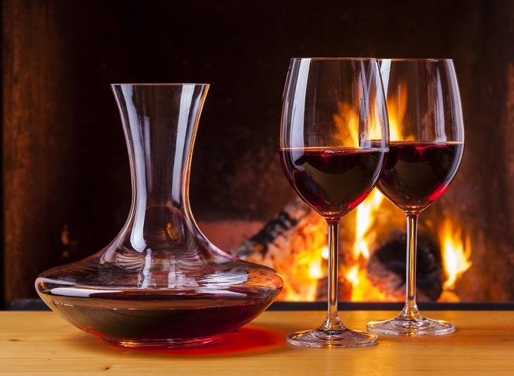 фото классического декантера для вина