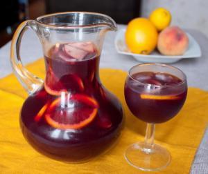 Сангрия из белого вина классический рецепт с фото