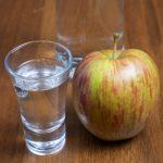 фото самогона из яблок с сахаром
