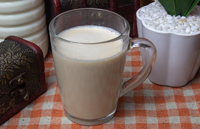 фото чая с коньяком и молоком