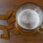 Изготовление сухариков к пиву в домашних условиях