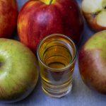 фото домашнего яблочного ликера