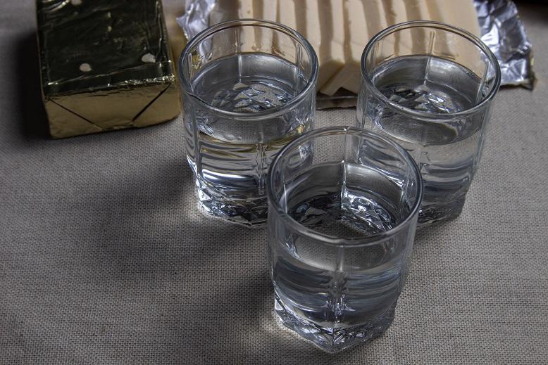 фото самогона после очистки пищевой содой