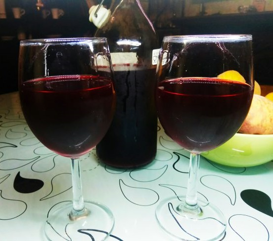 фото вина из черной смородины