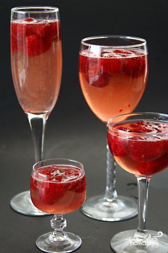 желе из шампанского с фруктами