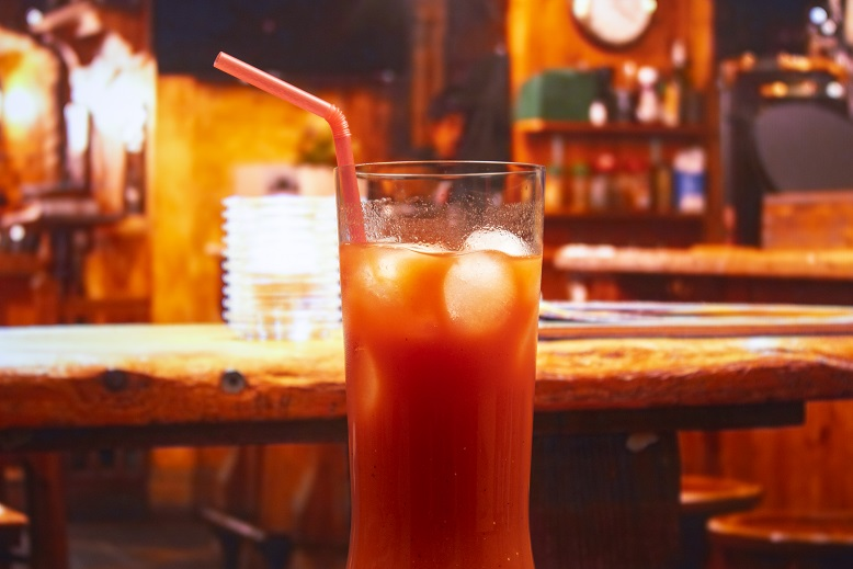 фото алкогольного коктейля кровавая Мэри