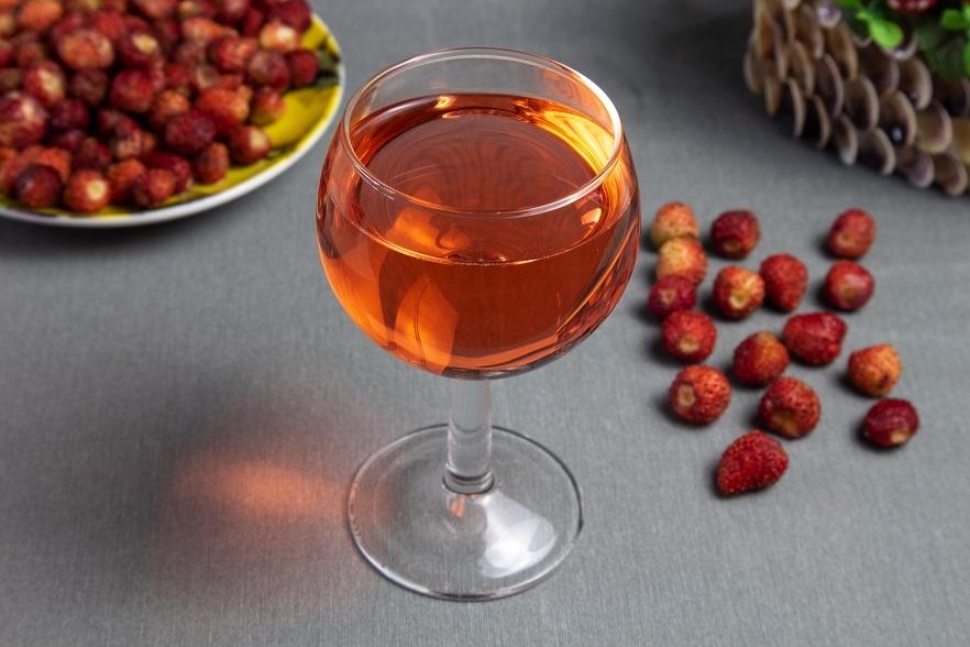 домашнее вино из земляники