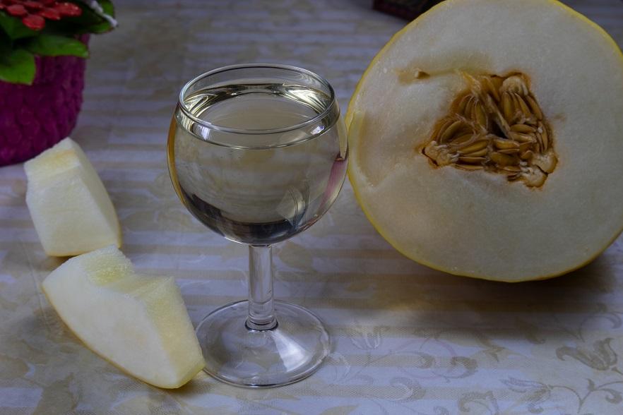домашнее вино из дыни фото