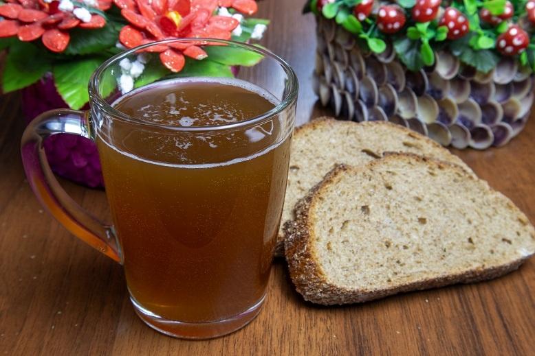 хлебный дрожжевой напиток
