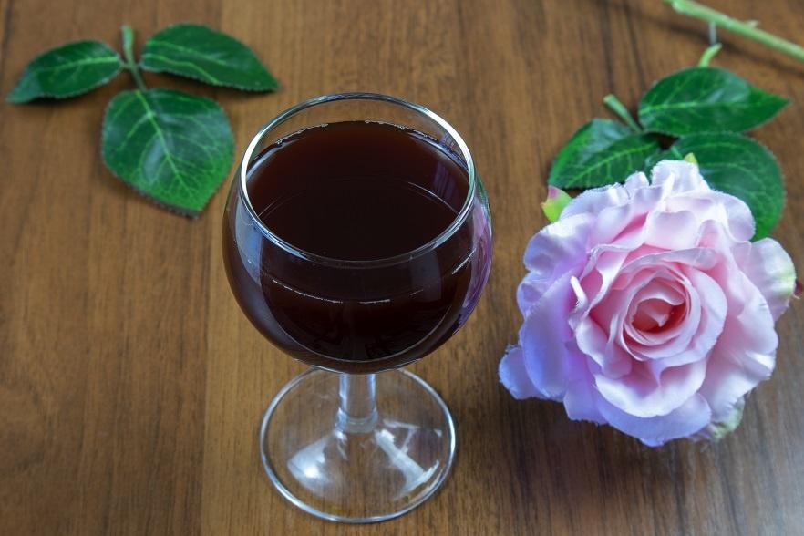 вино из черемухи фото