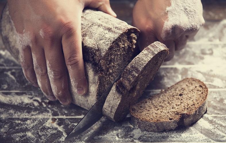 подкормка браги черным хлебом