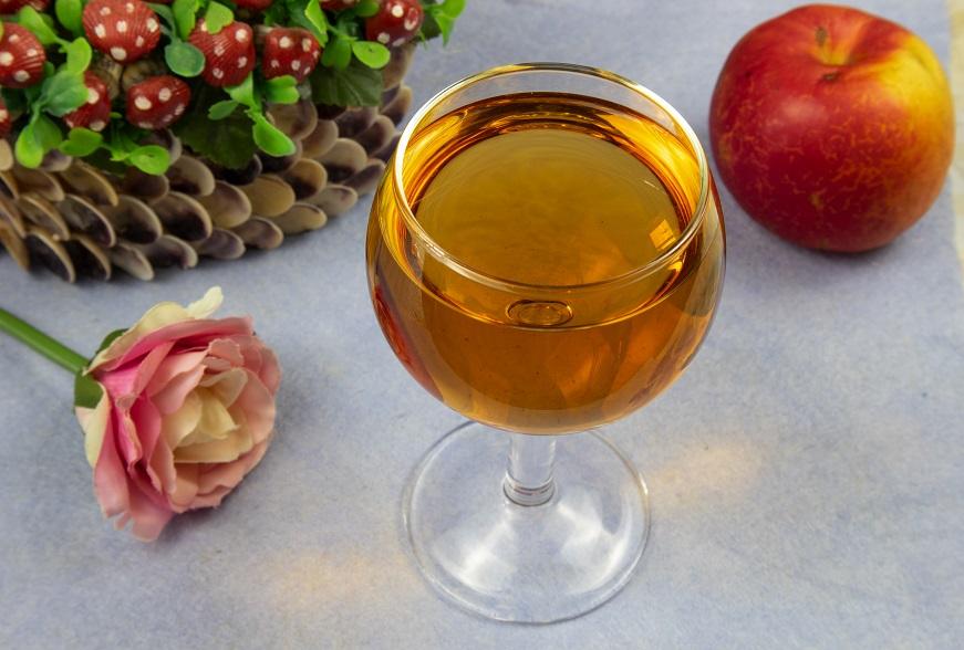вино из красной рябины и яблока