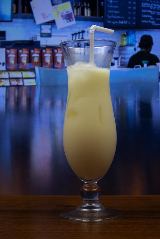 фото коктейля Пина Колада со сливками