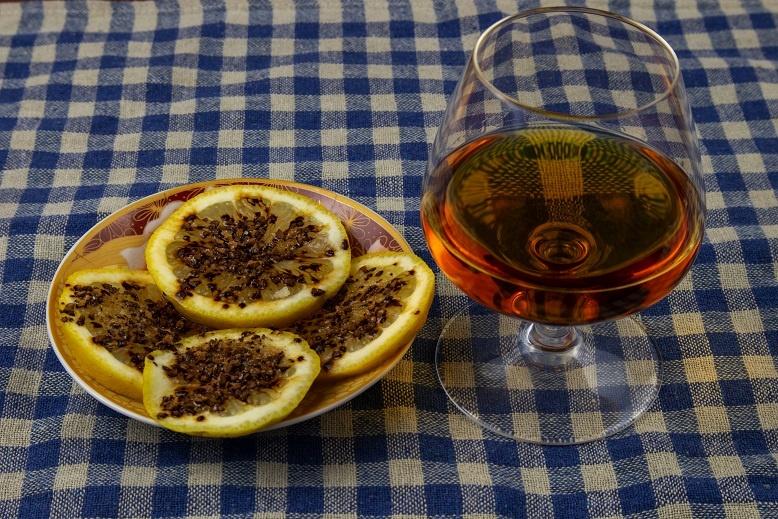 фото закуски из лимона и кофе Николашка