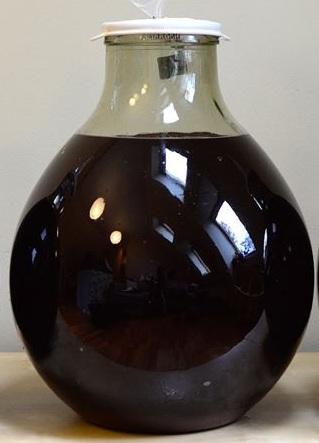 брожение домашней наливки из черноплодки