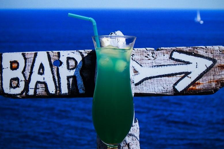 фото коктейля Голубые Гавайи