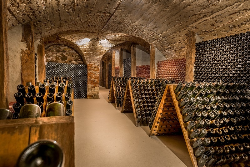 фото бутылочной выдержки вина